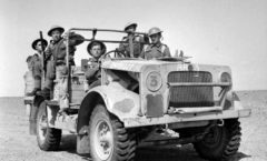 Rhodesians_of_60th_KRRC_in_North_Africa,_1942